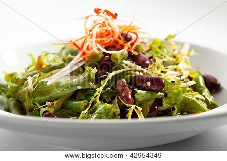 Salad with Beans and Freshness Salad Leaves