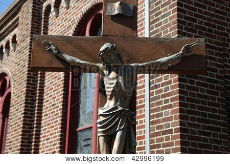 Bronze statue of Jesus Christ crucified
