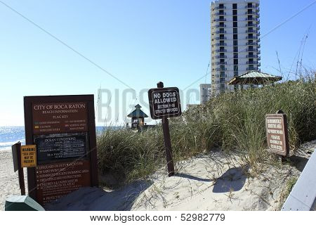Boca Raton Beach Signs