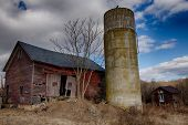 picture of silos  - Abandoned barn and silo in New Jersey - JPG
