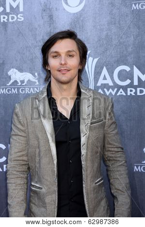 LAS VEGAS - APR 6:  Charlie Worsham at the 2014 Academy of Country Music Awards - Arrivals at MGM Grand Garden Arena on April 6, 2014 in Las Vegas, NV