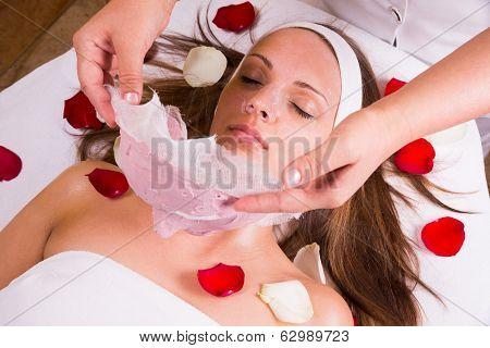 Caucasian woman at the beautician.