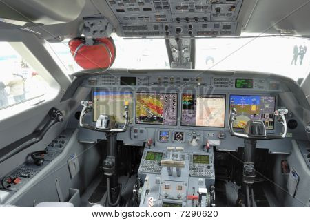 Corporate Jet Glass Cockpit