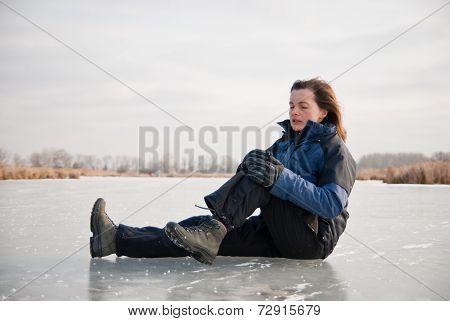 Knee injury - winter slip