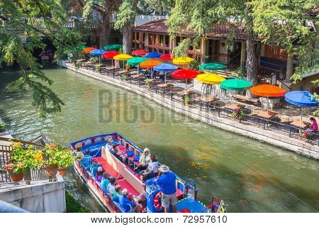 San Antonio Texas River Walk and Boat Cruise