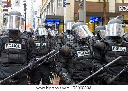 Portland Police In Riot Gear