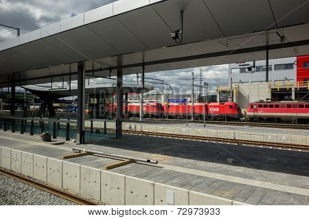 Graz Hauptbahnhof (train Station)
