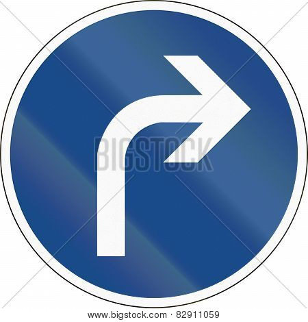 Turn Right Ahead