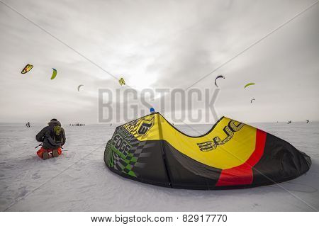 Russian competition for snowkiting Marathon Zhigulevskoye Sea 2015