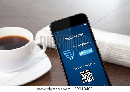 Phone With Onlain Shopping On The Screen On A Table At A Businessman