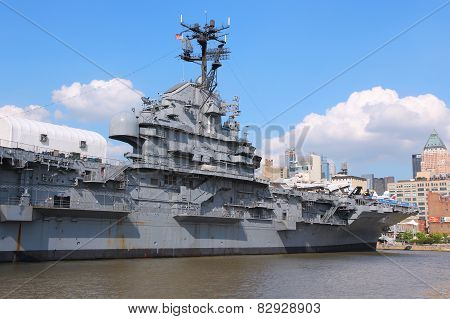 Uss Intrepid, New York