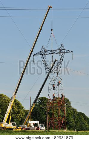 Electrical Top Changing With Two Cranes