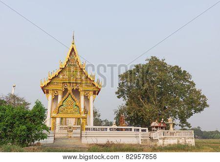 temple at Wat Son Di Si Charoen