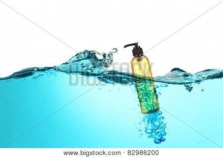 Bath accessory in water