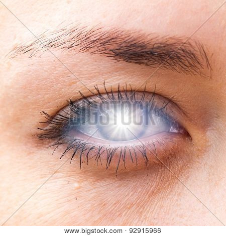 Eye closeup with sun glare. backgrounds