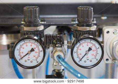 Indicators To Pressure Measurement