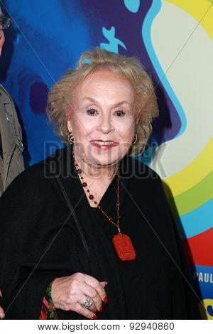 LOS ANGELES - JUN 2:  Doris Roberts at the