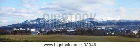 Edinburgh And The Pentlands
