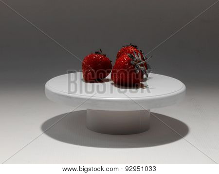 Strawberries on white tablett