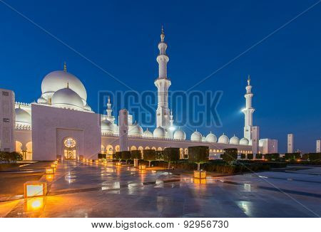 Sheikh Zayed Mosque in Abu Dabi