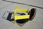 picture of manhole  - open manhole protected by a security barrier - JPG