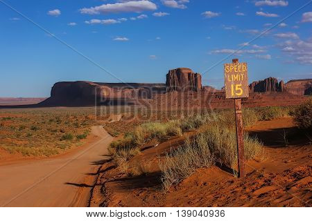 Road to monument valley, Utah, America, national parks of America
