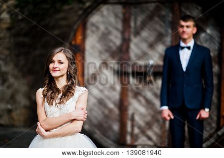 Married Couple Stay Near Old Big Barrel