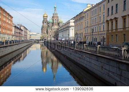 SAINT PETERSBURG, RUSSIA - MARCH 24, 2014: View of the Griboyedov canal and Church of Resurrection (Savior on blood), sunny march afternoon. Historical landmark of the city Saint Petersburg