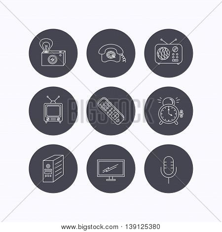 Retro camera, radio and phone call icons. Monitor, PC case and microphone linear signs. TV remote, alarm clock icons. Flat icons in circle buttons on white background. Vector