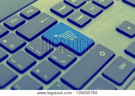 Computer Keyboard With Online Support Concept.