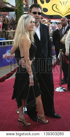 Russell Crowe and Danielle Spencer at the Los Angeles premiere of 'Cinderella Man' held at the Gibson Amphitheatre at Universal City in Hollywood, USA on May 23, 2005.