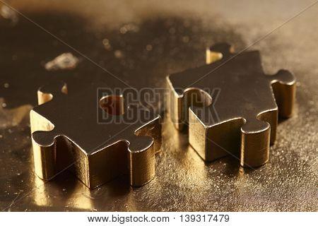 golden puzzle