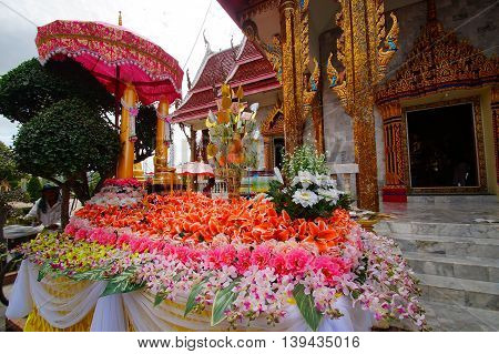 buddha in thailand amazing for travel life.