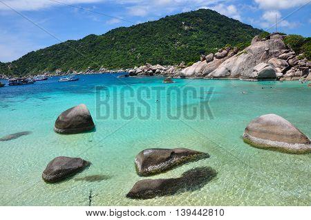 Crystal clear sea at Nangyuan Island in Thailand