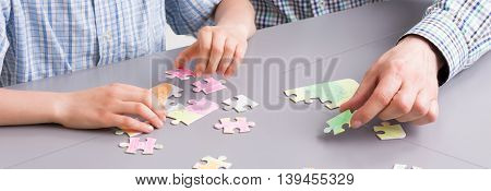 Putting Colorful Puzzle