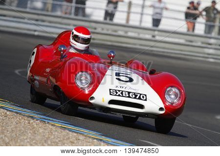 Le Mans, France, July 9, 2016 : Old Racing Car At Indianapolis Bend During Le Mans Classic On The Ci