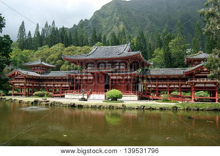 Byodo-In Temple, a tribute to first Japanese immigrants in Oahu, Hawaii