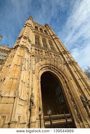 Famous  Parliament building in London, UK.