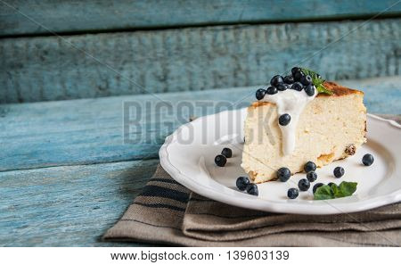 Cottage Cheese Baked Pudding, Sour Cream And Blueberries