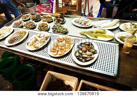 delicious food is offered in the chinese open air restaurant