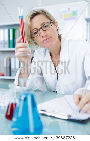 woman researcher doing a test in a laboratory