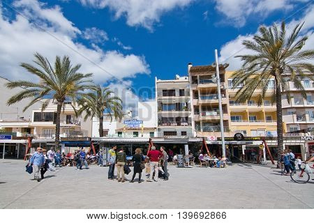 People Out And About In Puerto Alcudia