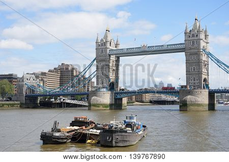SOUTHWARK LONDON ENGLAND 9 May 2015: Tower Bridge from south of thames
