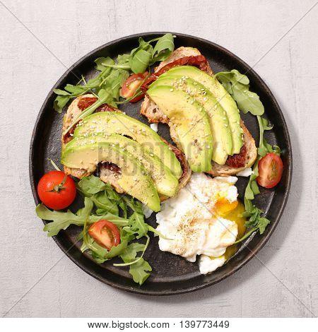 avocado and poached egg