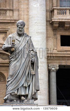 Escultura de San Pedro en el Vaticano. Europa.
