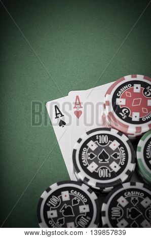 Pair Of Aces, Red And Black Cassino Chips On Green Table - Vintage