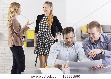 Communicate With The Workteam
