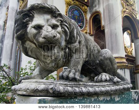 A big  stone lion close up