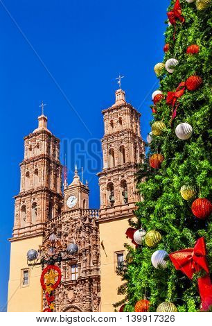 Christma Tree Decorations Parroquia Cathedral Dolores Hidalgo Mexico. Where Father Miguel Hidalgo made his Grito de Dolers starting the 1810 War of Independence in Mexico. Cathedral built in the 1700s.