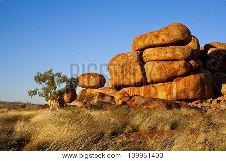 Outback Australia - Devils Marbles in Northern Territory